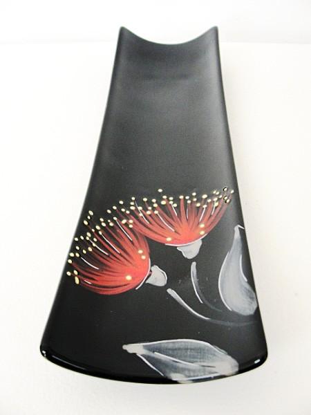 keriblue-ceramics-bamboo-dish-pohutukawa-black
