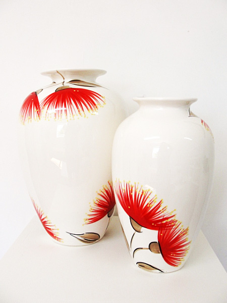 keriblue-ceramics-lima-vase-medium-white-pohutukawa
