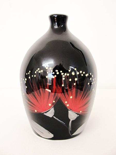 keriblue-ceramics-salt-pig-pohutukawa-black